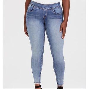 NWT TORRID Lean Jean Super Stretch Legging 3XT